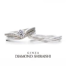 銀座ダイヤモンドシライシ:羽のようにふんわりと優しい印象を与えてくれる【プリュマージュ チェリッシュ】