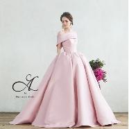 ドレス:SOPHIA(ソフィア)