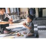 Kitahorie CAFE CHARBON(カフェ シャルボン):キッズスペースがあれば、お子様連れのゲストも安心して皆さんの輪の中に♪