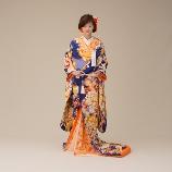 BRIDES(ブライズ):伊藤羽仁衣の新作和装。印象的な色打掛はフォトにもオススメ!