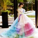 BRIDES(ブライズ):写真映えすること間違いなし!ふんわり生地の大人気レインボーカラードレス