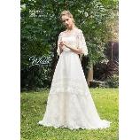 BRIDES(ブライズ):【JILL White】新提案!高級感溢れるナチュラルドレス