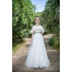 Mai BRIDE(マイブライド):トレンド感たっぷり!お洒落花嫁様にぴったり 白ドレス