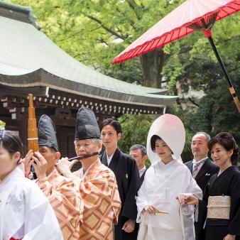 川越氷川神社・氷川会館:雅楽と巫女に先導された花嫁行列「参進」見学フェア