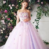 JOYFUL ELI:夢の中のファンタジックカラーが可愛い!プリンセスドレスなら【ジョイフル恵利】