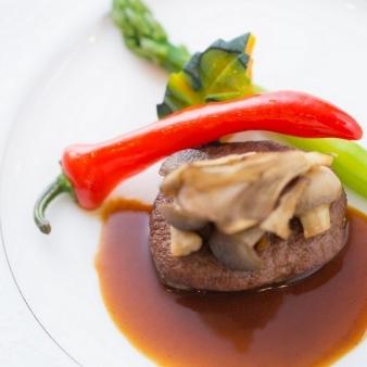 奈良ホテル:【国産牛フィレ肉あり】厳選4品無料コース試食フェア!