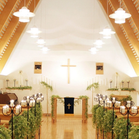 ホテルライフォート札幌:【陽光×木の温もり】アットホームなチャペル体験