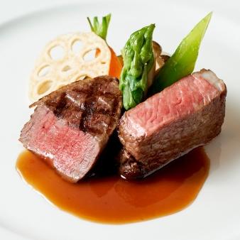 リーガロイヤルホテル小倉:平日★満足試食会★黒毛和牛フィレ肉と世界三大珍味のフルコース