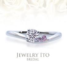 Jewelry Ito(ジュエリーイトウ)/ウィリアム・レニーダイヤモンドギャラリー_メレが可愛いカーブリング! Haniel ハニエル