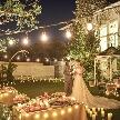 夕刻からのパーティはキャンドルの灯りも映えて、また違った魅力のあるミエルクローチェ。このフェアでは、そんなナイトウェディングの魅力をまるごと体感できる。週末フェア同様、無料フレンチ試食もあり!
