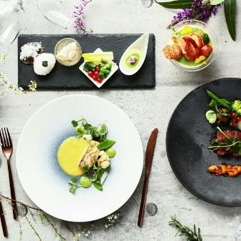 シーサイド平川MASARU:【お料理グレードアップ特典】絶品婚礼コース試食×リゾート体験
