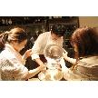 ナチュラルイタリアン Hibiki:新郎様と幹事様をお招きしてウェディングケーキを造っていただきました。新婦様へのサプライズ企画です!