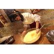 ナチュラルイタリアン Hibiki:新婦様をお招きしてウェディングケーキを造って頂きました。新郎様へのサプライズ企画。