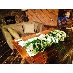 PUBLIC HOUSE:ソファーを使った高砂でカジュアルに!手軽で簡単に、都内で作り込み風ウェディングができます!ぜひご相談下さい。