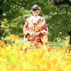 東京装苑(とうきょうそうえん):美しい和の背景にお二人。庭園ロケーションが68,000円(データ&アルバム付)