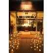 CORONA(コローナ):店前のスペースはキャンドル等で装飾するのもお薦めです。