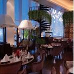 LoyKratong Resort(ロイクラトン リゾート):夕暮れ時の着席フルコース