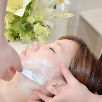 本格女性顔そり専門店 クリスタルフェイスのメインイメージ