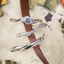 パルテ熊本_柔らかなカーブが指をキレイに見せるリング○*。中央へ流れ込む6石のメレダイヤ*。