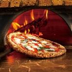 PIZZA SALVATORE CUOMO(サルヴァトーレクオモ):薪で焼き上げるナポリPIZZAはモチモチの触感が美味♪素材にこだわったトマトソースやチーズのおいしさを引き出します!