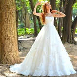 New Vintage Wedding:Alia/アリア★フラワーモチーフのナチュラルAライン
