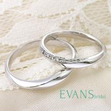 EVANS BRIDAL(エヴァンスブライダル)_クラス感と繊細さを兼ねそなえた丸みを帯びた美しいウェーブライン【EVANS】