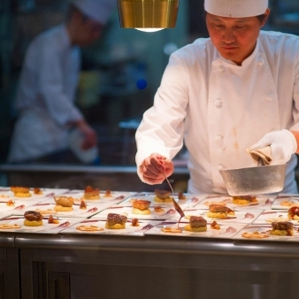 PLEIAS OTA(プレイアス太田):【人気No.1♪】国産牛フィレ肉含む料理試食×演出体験