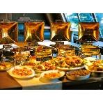 二次会貸切パーティ imri(イミリ) 名古屋 栄:【imriパーティービュッフェ♪】ビュッフェメニューのレパートリーは多岐にご用意。当日の人数、開催時期、年齢層や男女比を元に、シェフが皆様の前菜からデザートまでその季節の旬の食材を使い、大切に準備を致します。ボリュームもお任せ下さい!100種類のドリンクメニューの飲み放題と合わせて存分にお楽しみ下さい。