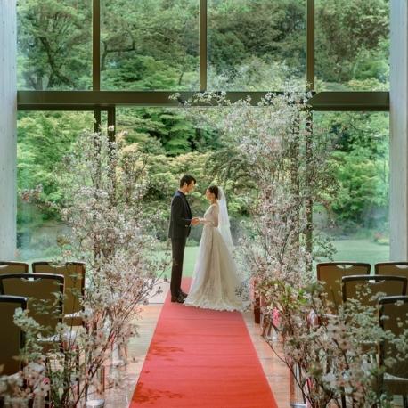 国際文化会館(International House of Japan):【有形文化財を特別公開】美食と名勝庭園でもてなす大人婚