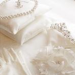 ドレス小物、インナー、ヘッドドレス、グローブ、アクセサリー:ANNAN WEDDING