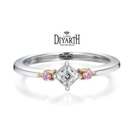 DIYARTH(ディヤース):スクエアエメラルドカットリング【DIYARTH】希少なピンクダイヤを両サイドに★