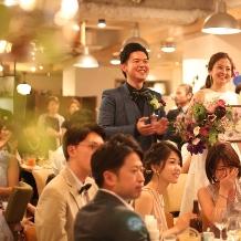 cafe104.5:笑顔でいっぱいのパーティー