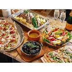 MOJA in the HOUSE:(B1)自慢のフードたち(前菜、フライ、メイン、ピザ、シーフードなどなど)