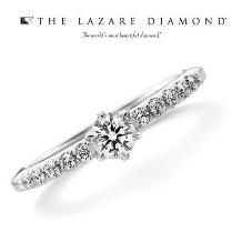 ジュレマスダ_【ラザールダイヤモンド】ゴージャスで無理?いえいえ本当はあなたに似合うリングです