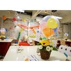 Cafe&Bar ZeLKOVA(カフェアンドバー ゼルコヴァ):風船が可愛らしい飾り付けです(*´▽`*)   新郎新婦様持ち込みの演出♪ バルーンスパーク\(^o^)/  大きな風船の中から小さなハートの風船が舞いましたー☆