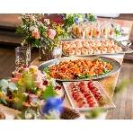 unice:フードコースはボリューム満点の『VOLUME&CASUAL』 or 女性にも人気の野菜たっぷりな『SAISHOKU-KENBI~菜食兼美~』の2種類から選べます。オリジナルメニューもご提案可能です。気軽にご相談ください。