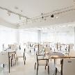 Wedding space hanami 表参道:2Fはパーティーフロアは着席50名様、半立食最大80名様がご利用できます♪