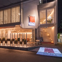 Wedding space hanami 表参道:門出をお祝いするに相応しい彩りを。