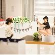 Wedding space hanami 表参道:真っ白だからこそ2人のためだけの装飾ができます。