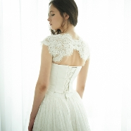 ドレス:THE DRESS ROOM