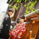 古都photo:【早朝撮影7時来店】すいている祇園で二人きり前撮り 94,000円