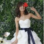 OMOTESANDO CAFE:【プラチナドレススタイル】結婚式1.5次会や二次会に最適!リーズナブル、軽くて引きずらないドレスを取り揃えてます♪