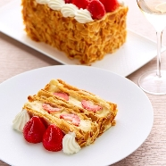 THE GRAND GINZA(ザ・グラン銀座):◆平日限定◆銀座マキシム「苺ミルフィーユ」×特製フレンチ試食