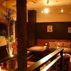 Tsunami Ebisu Tokyo:3階席はゆったりソファーで新郎新婦の控室に!