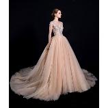 S.eri Wedding Dress Shop:【新作・スタイルアップドレス】華やか&肌写りの良いシャンパンピンクドレス