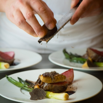 THE LANDMARK SQUARE OSAKA(ザ ランドマークスクエア オオサカ):【お料理重視の方へ】和牛・オマール試食&挙式体験&ディナー券