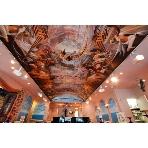 サン・ミケーレ 浜松町:見る者を圧倒する、大迫力の天井画