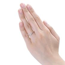Jewelry Studio PLUSTER アミュプラザみやざき店:『ピンクダイヤモンド』★0.20ct ダイヤエンゲージ (婚約指輪)