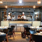 Johnnie's Brasserie(ジョニーズ ブラッセリー):