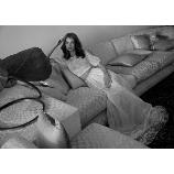 LIS BLANC MARIAGE(リブロンマリアージュ):魅力的な刺繍とリッチな質感を味わえるファッショナブルドレス